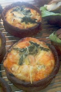 boulangerie gout(ブーランジュリーグウ) 菜の花と春キャベツのキッシュ